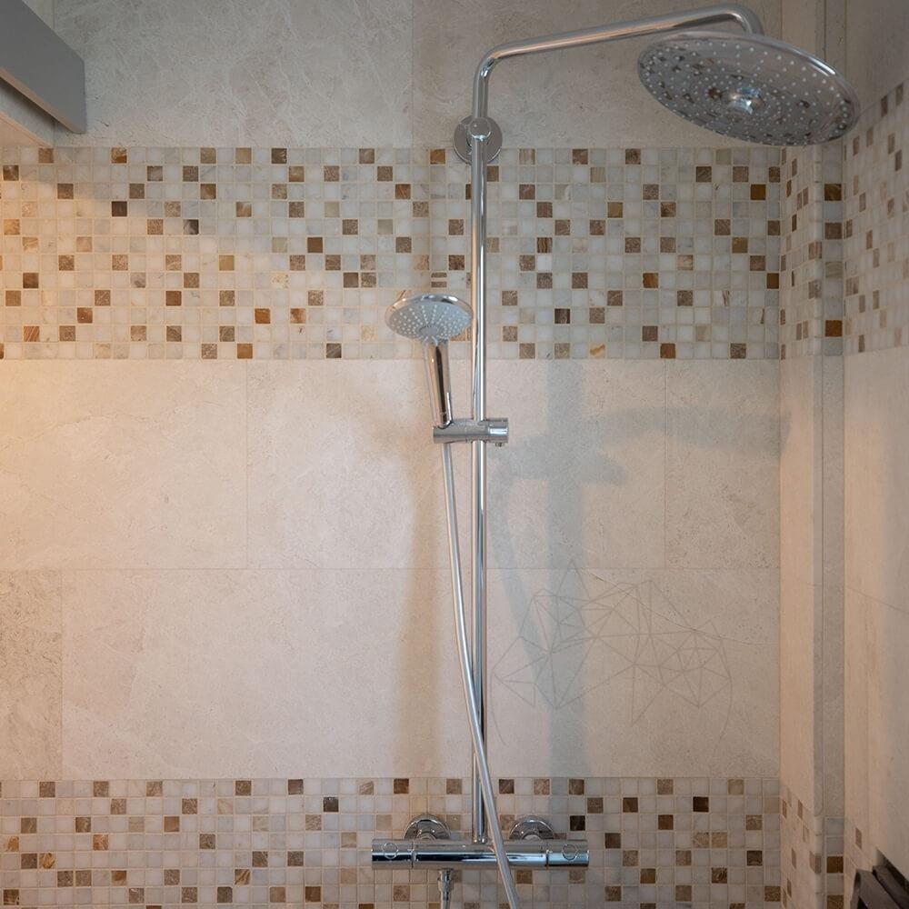 Mozaic Marmura Alba Si Onix Mix Polisata 2.3 X 2.3