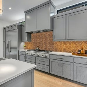 Mozaic Travertin Peach Herringbone Polisat 2.5 x 5 cm